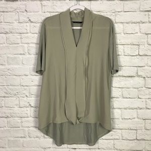 H By Halston M Grey ShortSleeve HiLow Tunic Blouse